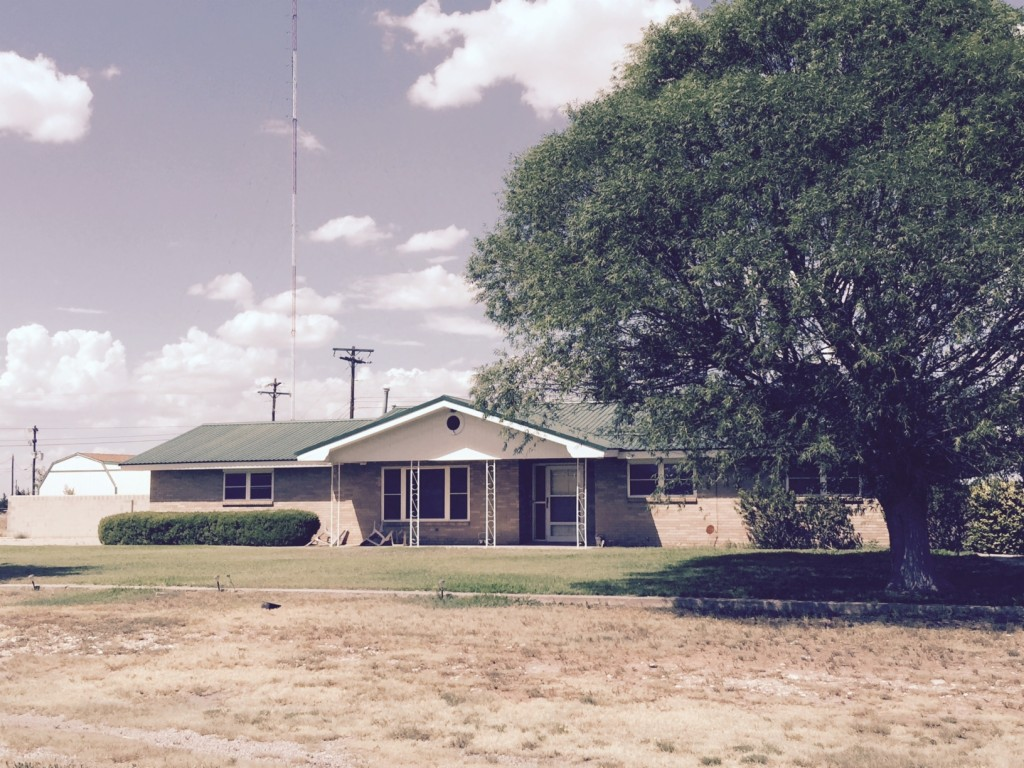 Photo of 905 Country Club  Lovington  NM