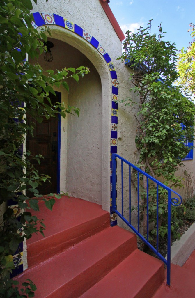 Photo of 1709 Redesdale Ave  Los Angeles  CA