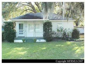 Photo of 142 Bates Ave SE  Winter Haven  FL