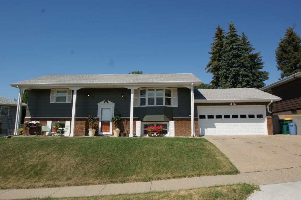 706 29th St North, Bismarck, North Dakota