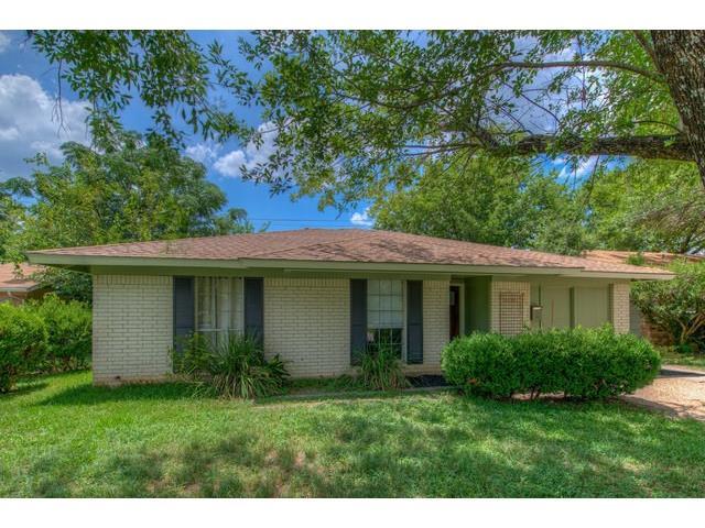 8526 Woodstone DR, Allandale, Texas