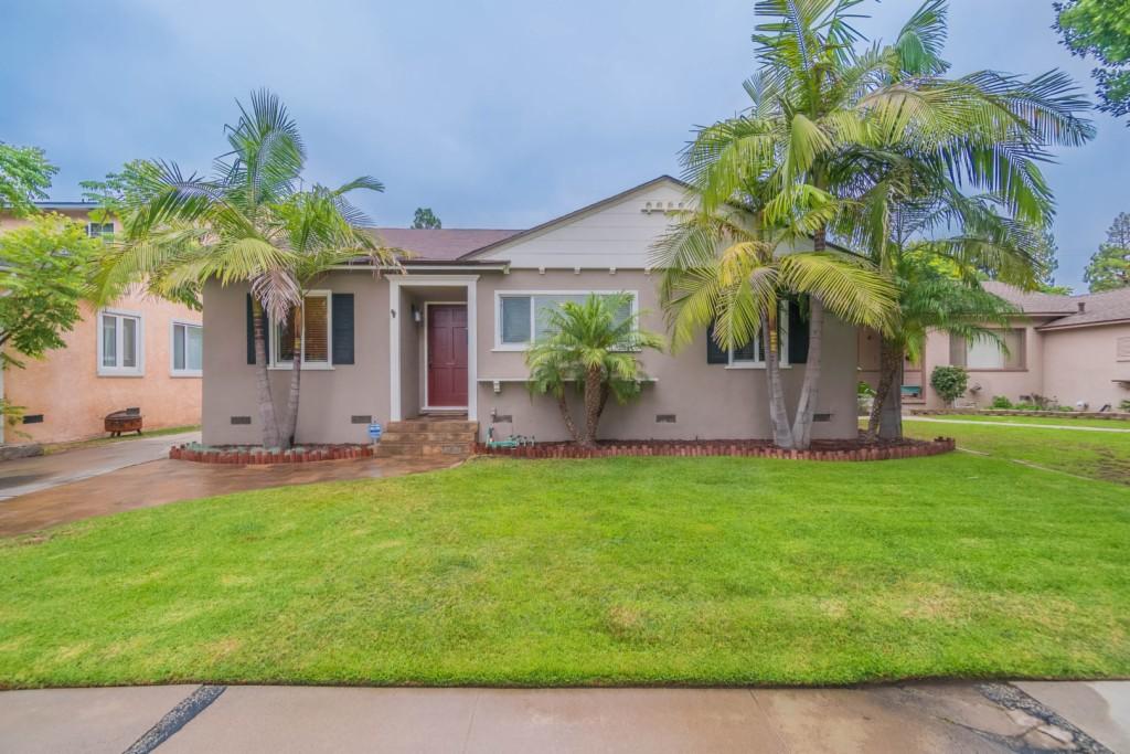Photo of 3439 Roxanne Ave  Long Beach  CA
