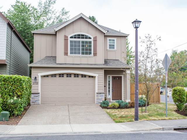 Photo of 2723 SW 181ST AVE  Beaverton  OR