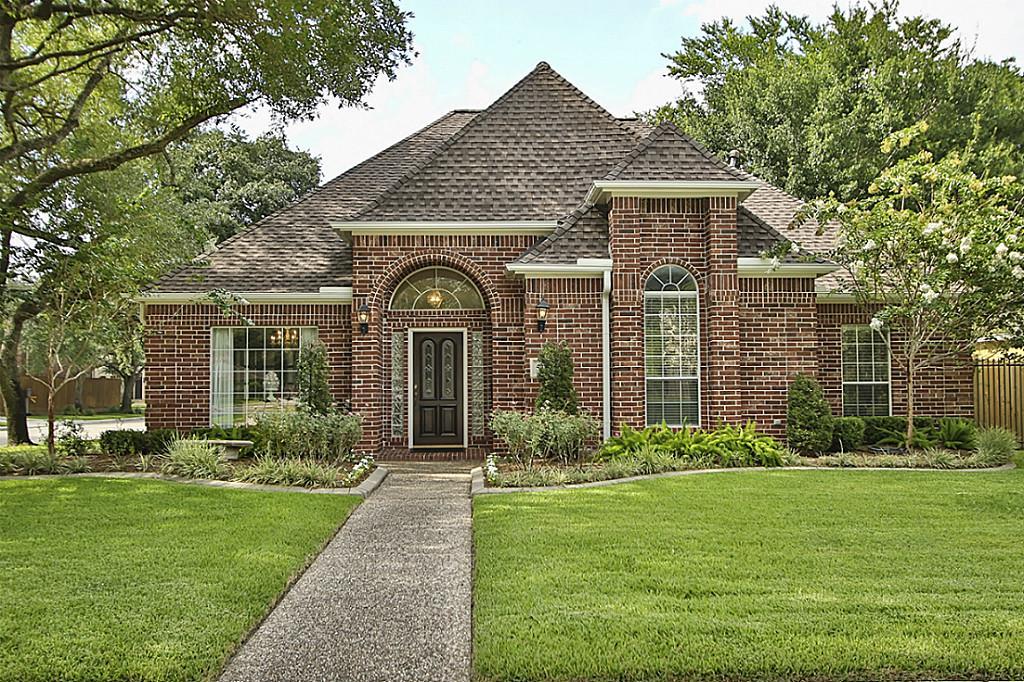 5122 Evergreen, Bellaire, Texas