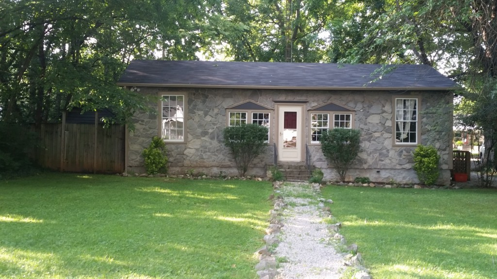 Photo of 1009 Nutwood Street  Bowling Green  KY