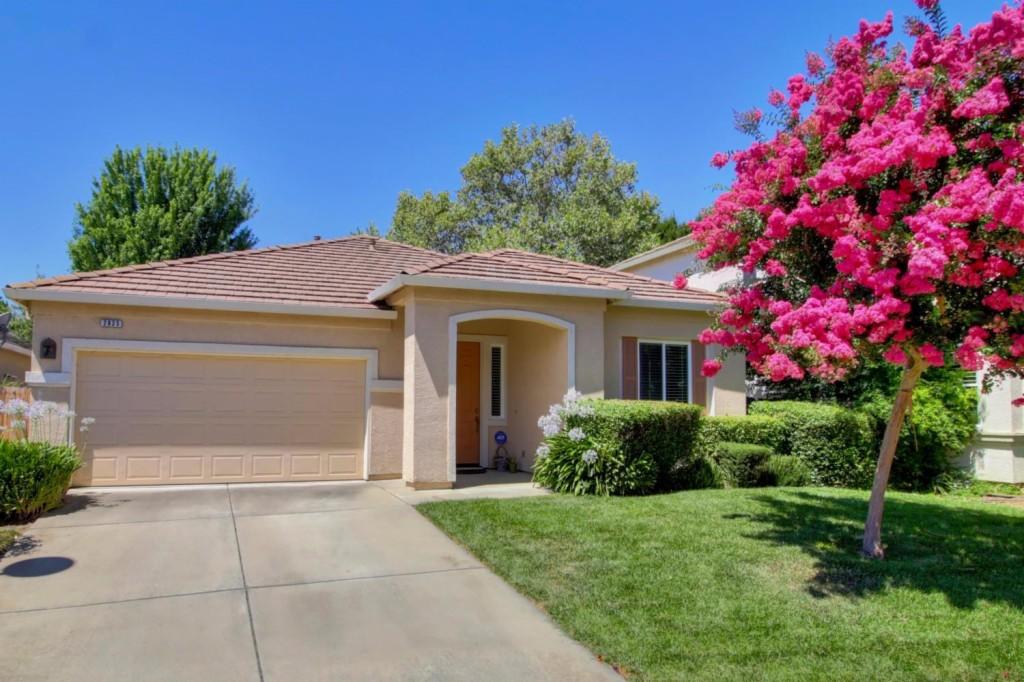 Photo of 2835 Belle Fleur Way  Sacramento  CA