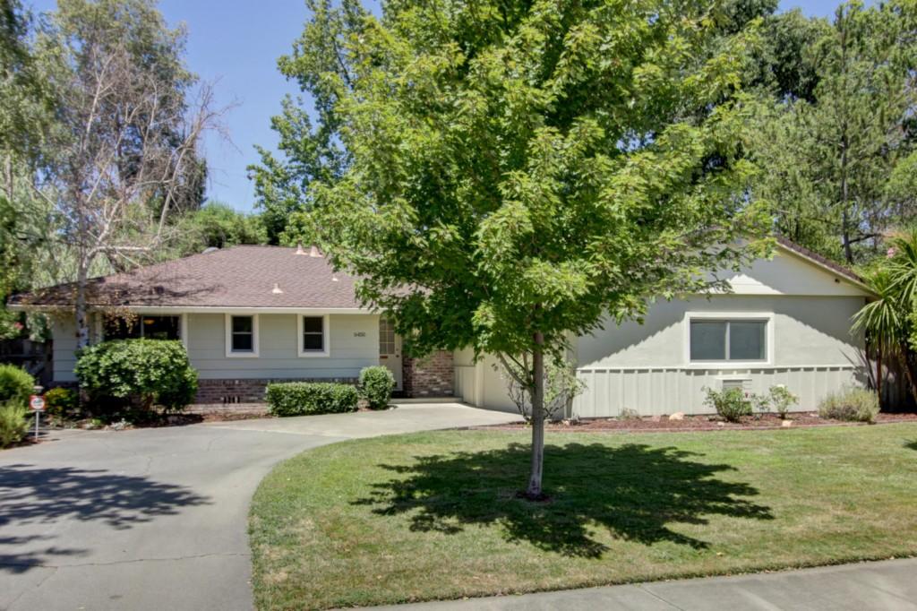 Photo of 6450 13th Street  Sacramento  CA
