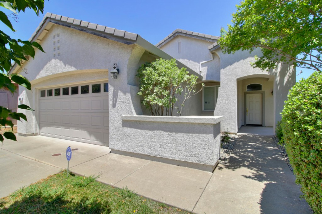 Photo of 10861 Bellone Way  Gold River  CA