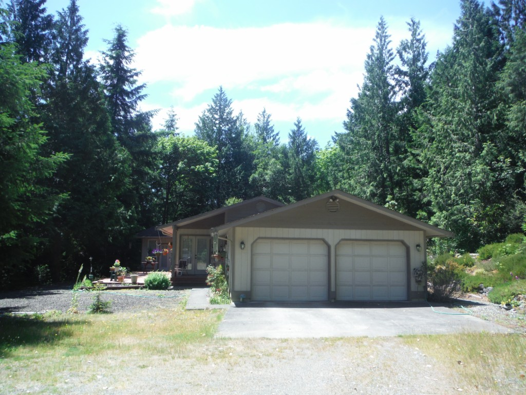 Photo of 523 Woodpecker Dr  Brinnon  WA