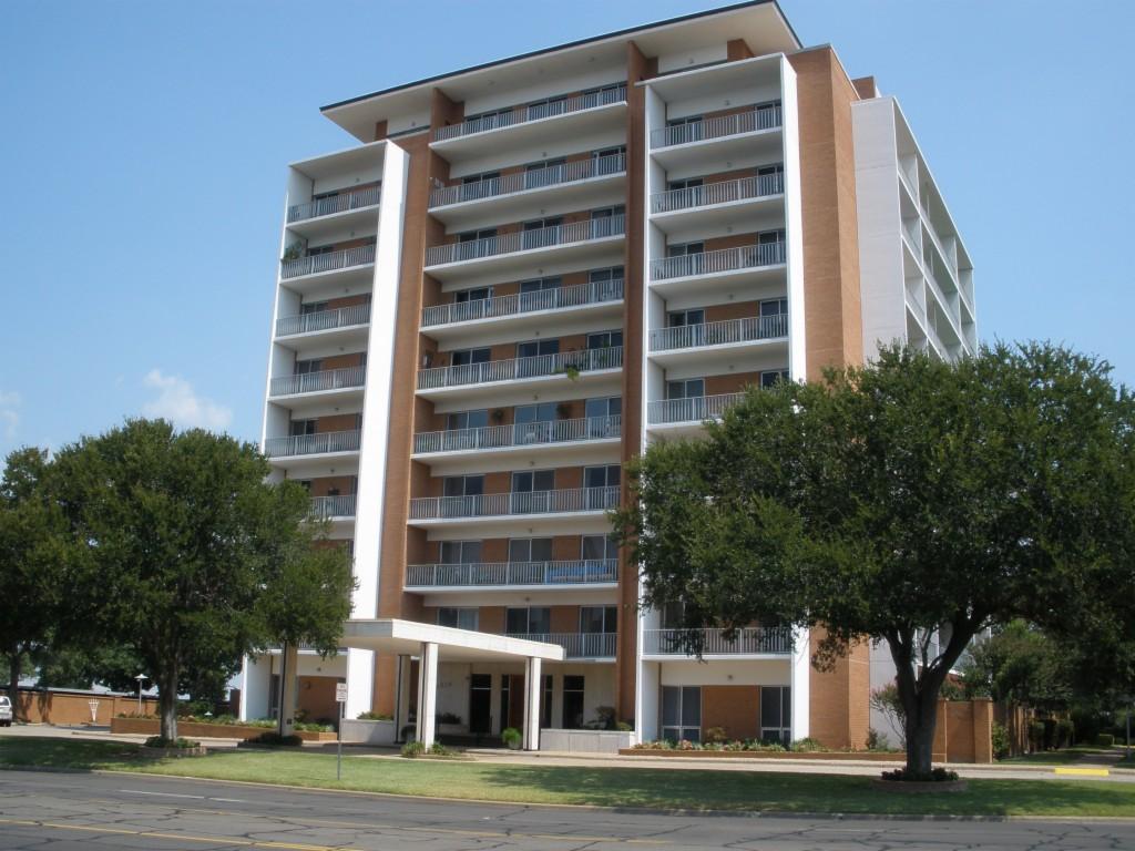 Photo of 4924 Cobbs Drive  Waco  TX