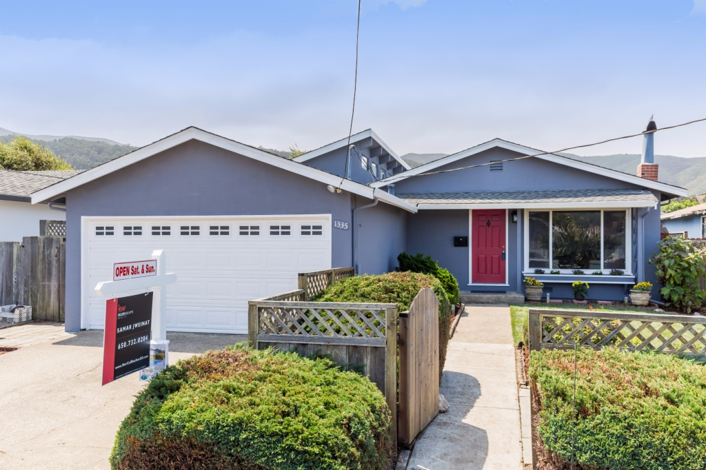 Photo of 1335 Hermosa Ave  Pacifica  CA