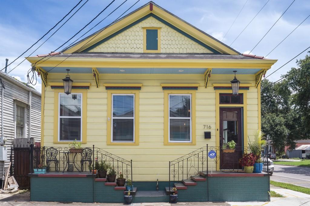 Photo of 716 N Salcedo  New Orleans  LA