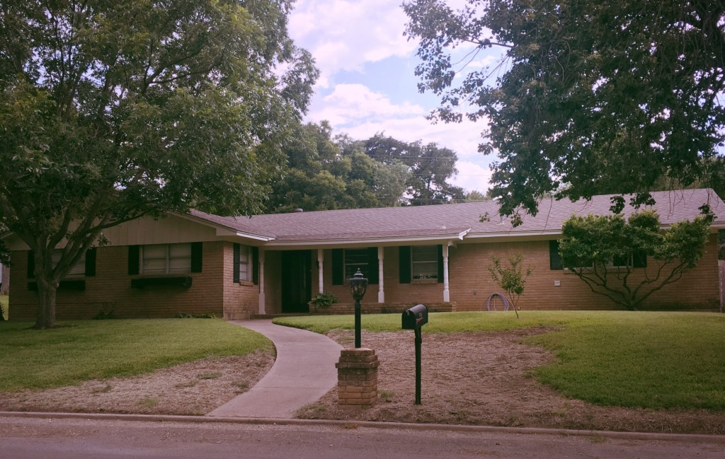 Photo of 528 Wooded Crest  Woodway  TX