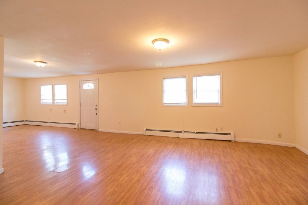 Photo of 187 Valley Rd  clifton  NJ