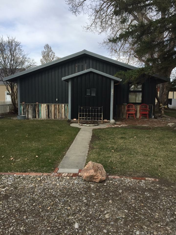 Photo of 309 4th Ave SW  Choteau  MT