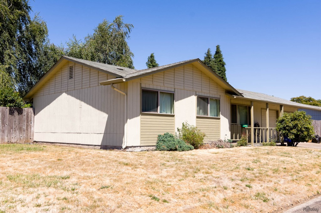 Photo of 5352 D St  Springfield  OR