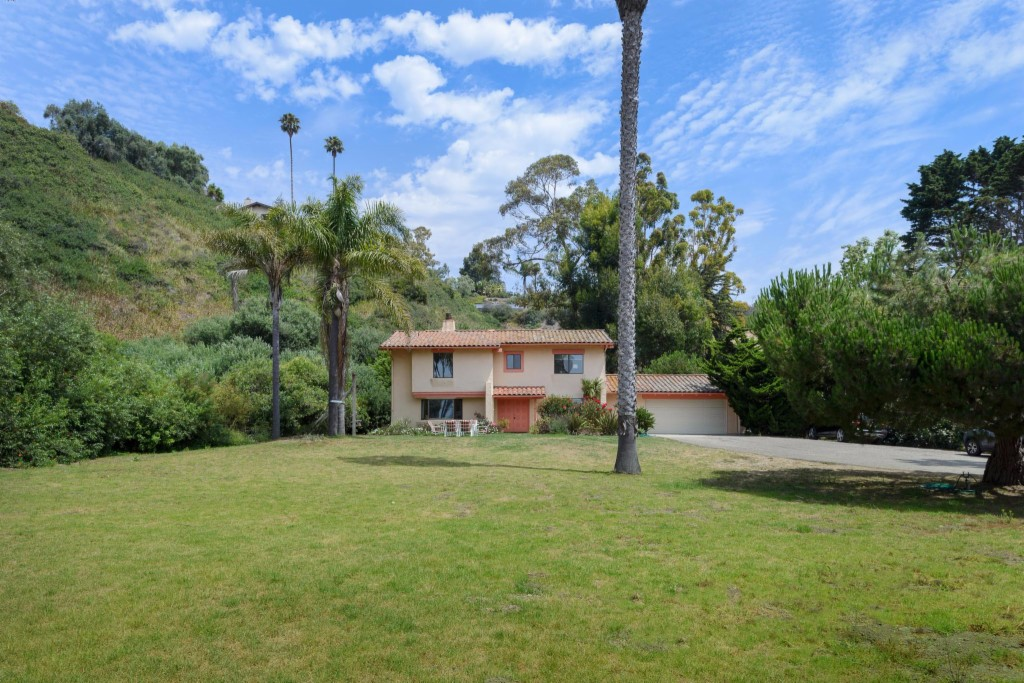 Photo of 2944 Cliff Drive  Santa Barbara  CA