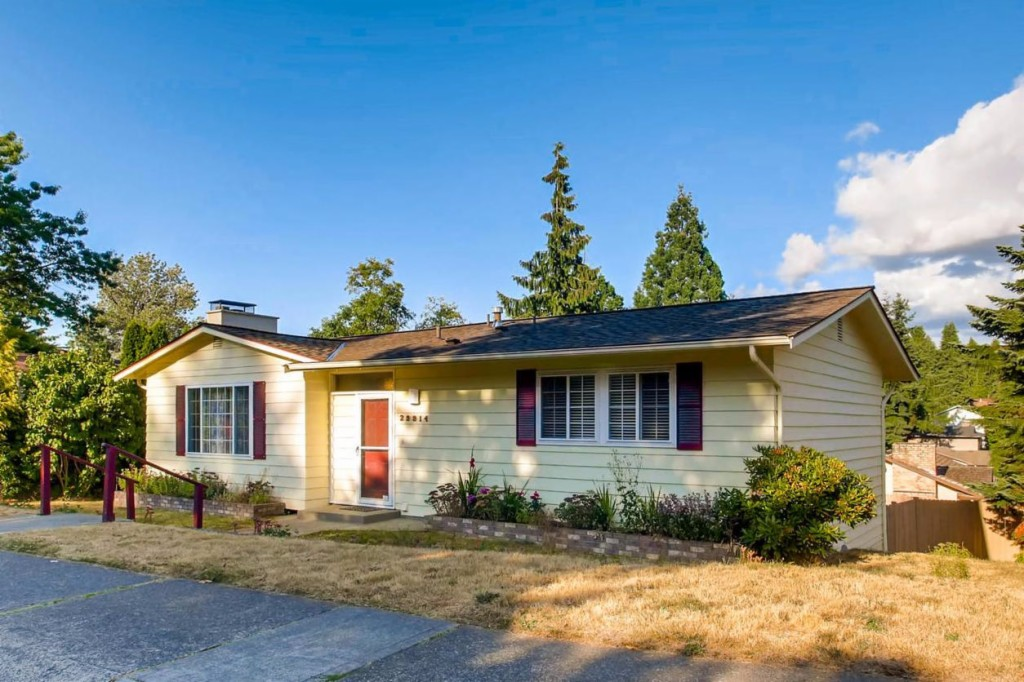 Photo of 29914 26th Ave S  Federal Way  WA