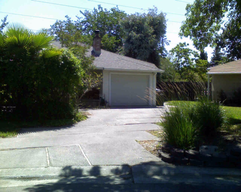 Photo of 2304 Darwin Street  Sacramento  CA