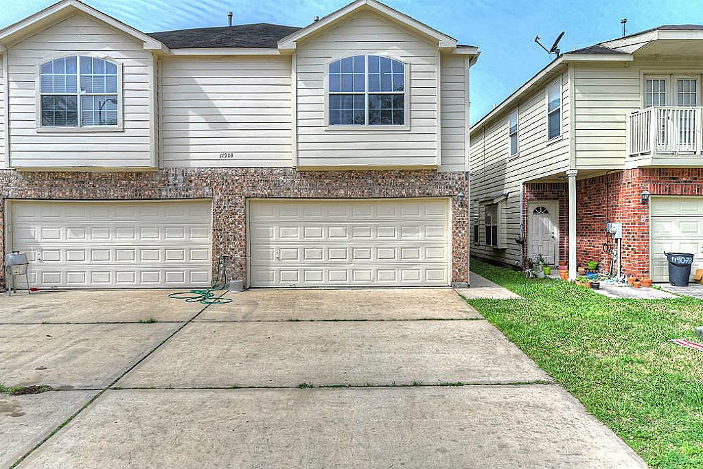 Photo of 11903 Chetman Drive  Houston  TX
