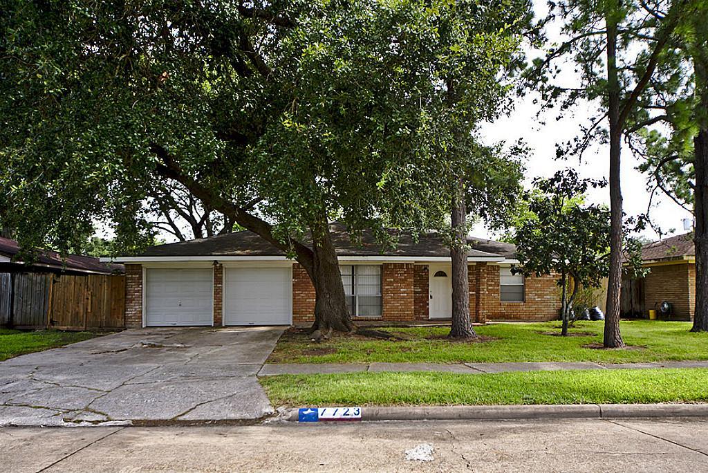Photo of 7723 Dillon Street  Houston  TX