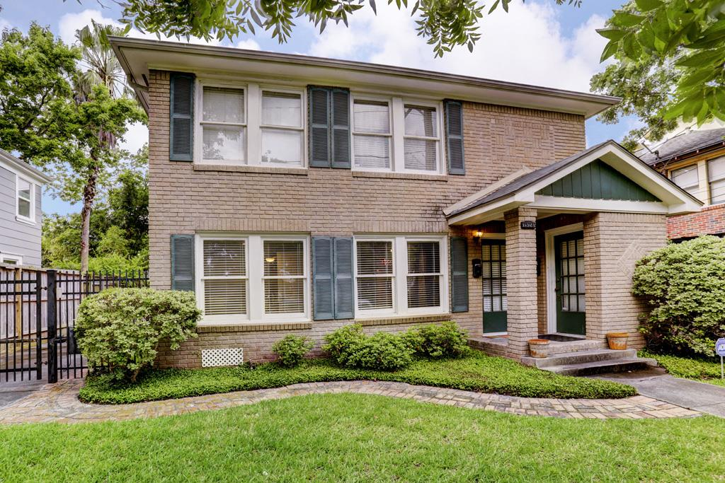 1524 Ridgewood Street, Bellaire in Harris County, TX 77006 Home for Sale