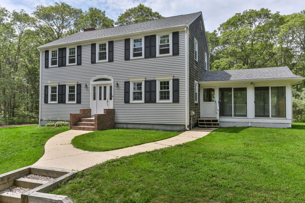 Photo of 4 Pond Circle  Forestdale  MA