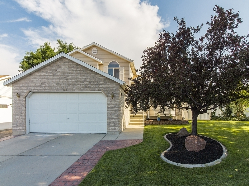 Photo of 5045 Mountain Hill Dr  West Jordan  UT