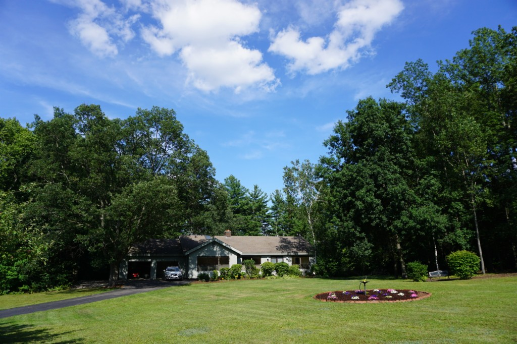 Photo of 6 Fieldstone Drive  Hollis  NH