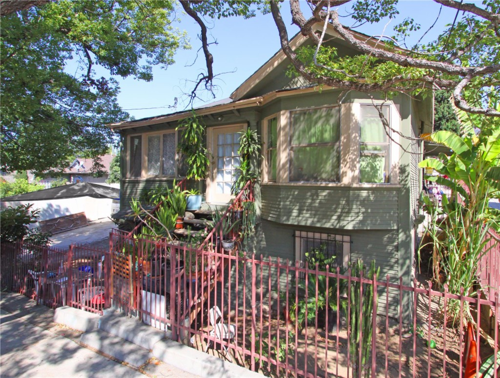 Photo of 1717 Morton Ave  Los Angeles  CA