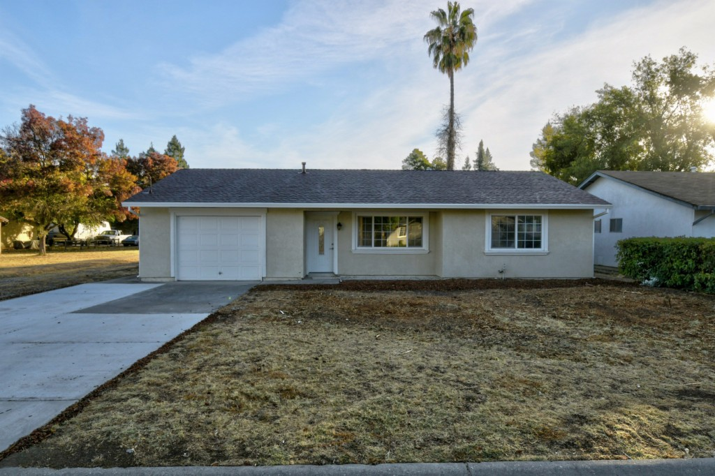 Photo of 3070 10th Street  Biggs  CA
