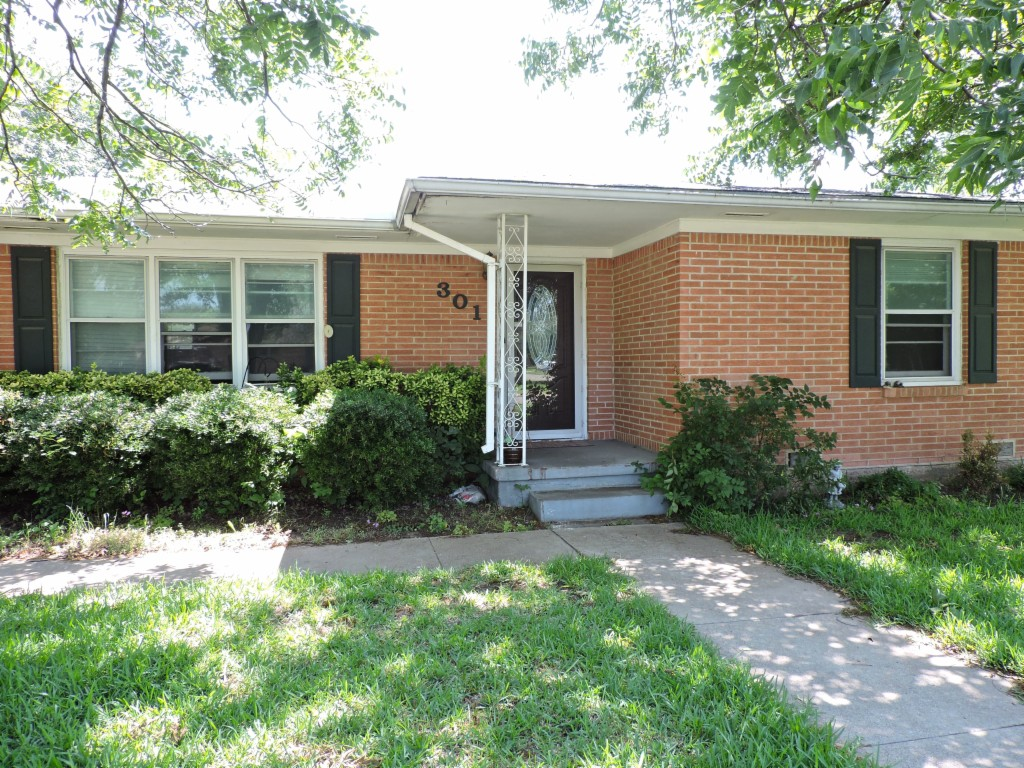 Photo of 301 Bellaire Dr  Waco  TX