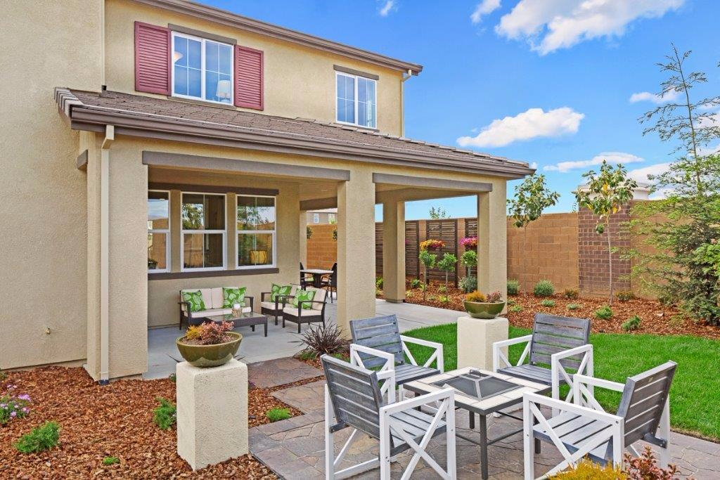 Photo of 5025 Maestro Way  Roseville  CA