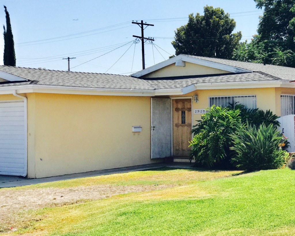 Photo of 2929 Dorchester Ave  Los Angeles  CA