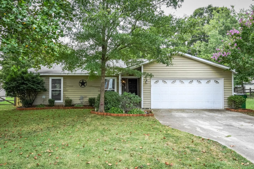 Photo of 5932 Vernedale Road  Charlotte  NC