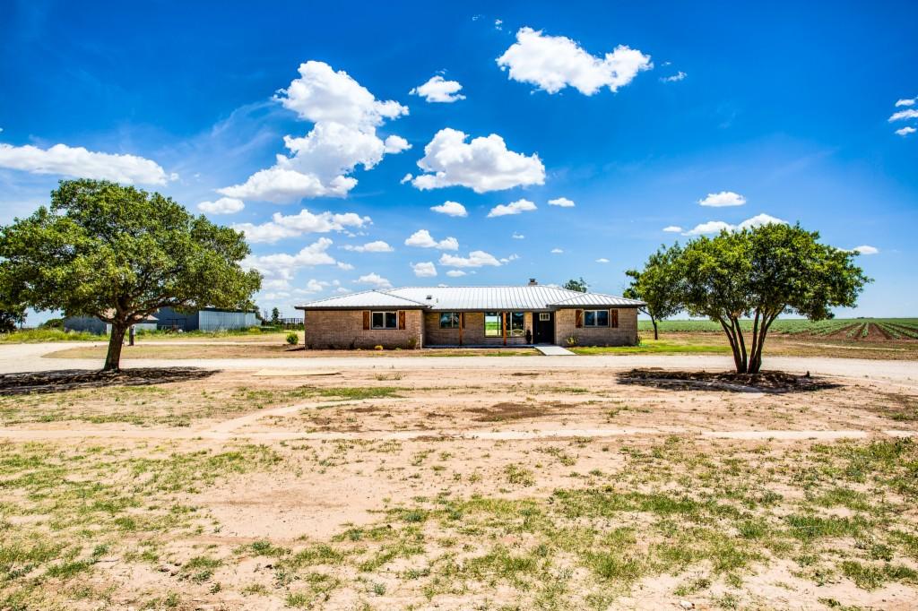 Photo of 5924 E County Road 79364  Slaton  TX