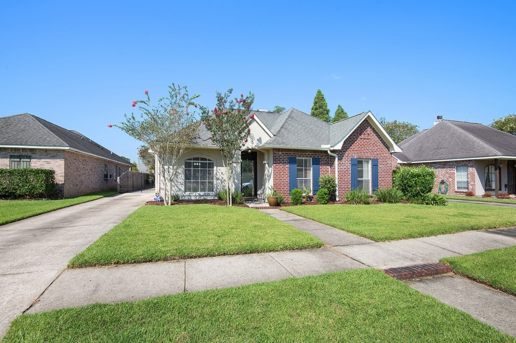 Photo of 17566 Morsewood Dr  Baton Rouge  LA