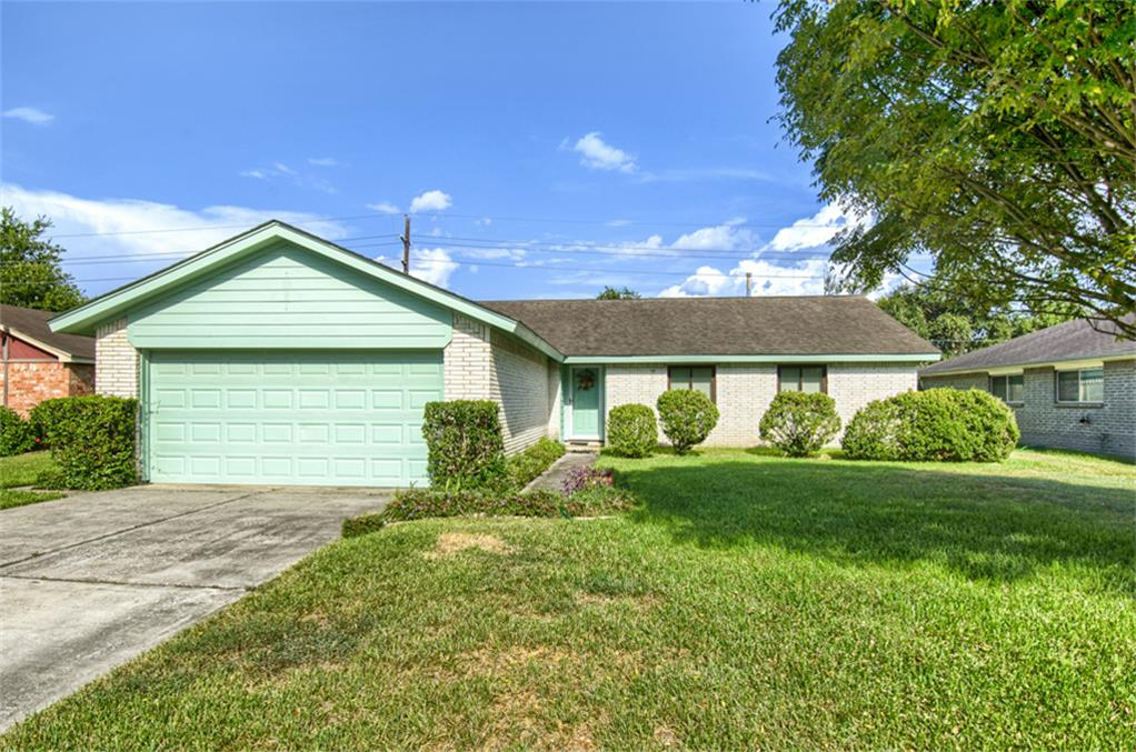 Photo of 22118 Meadowhill Drive  Spring  TX