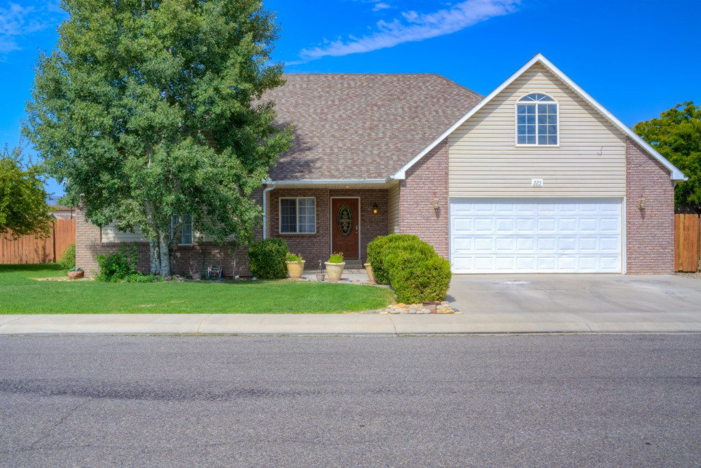 Photo of 225 Vista Hills Dr  Grand Junction  CO
