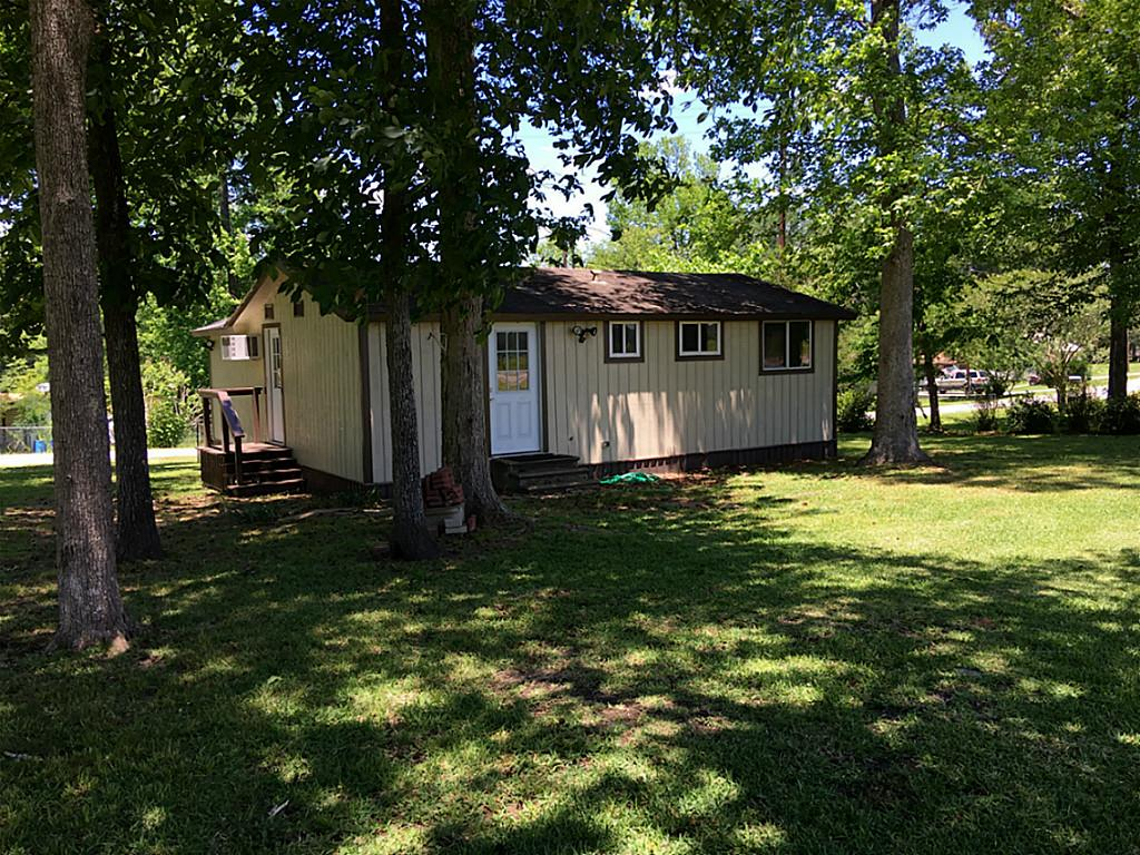 Photo of 342 Lakeshore Drive  Cleveland  TX