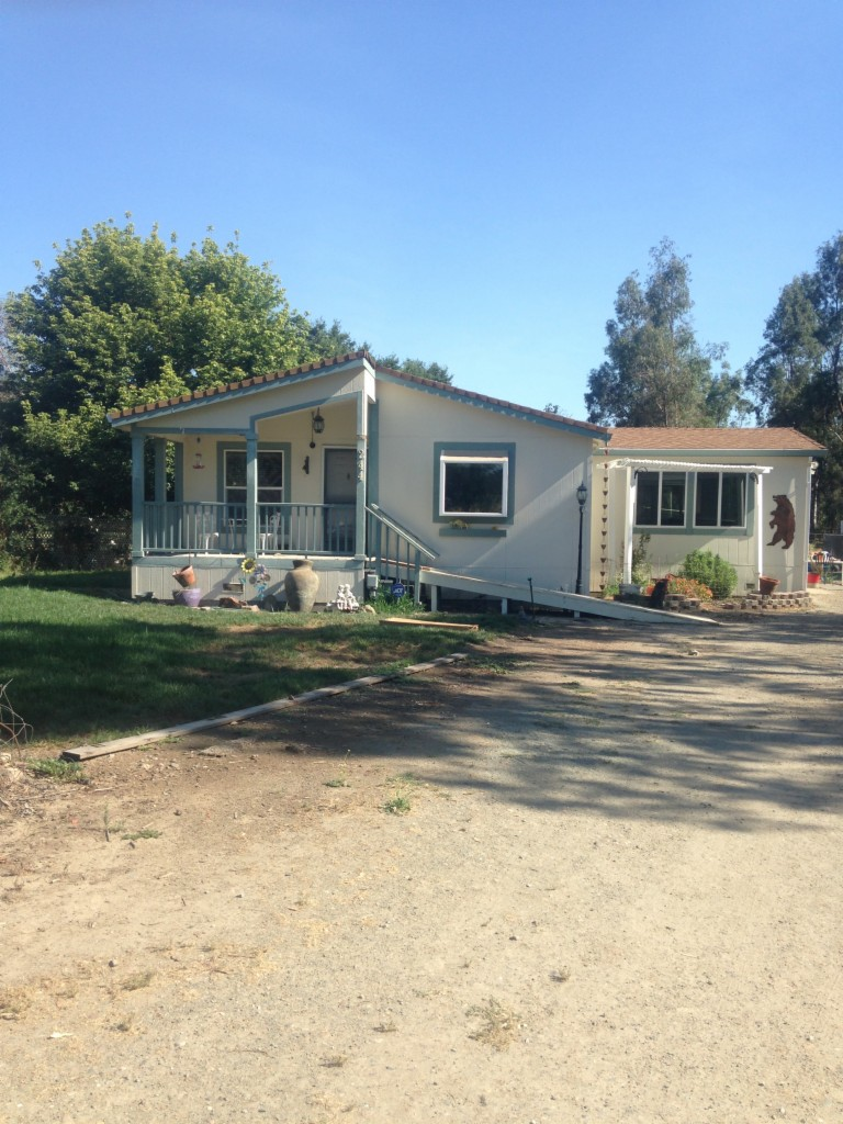 Photo of 244 Creekview Lane  Wallace  CA