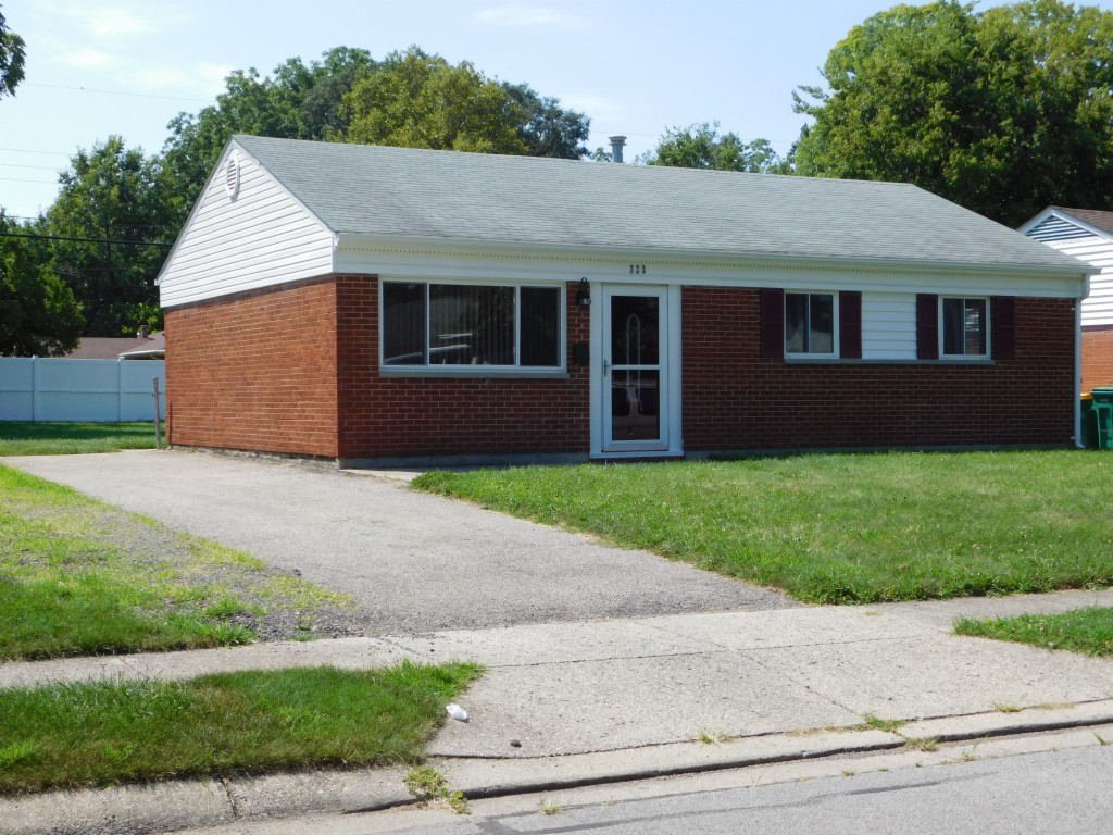 Photo of 223 W Routzong Dr  Fairborn  OH