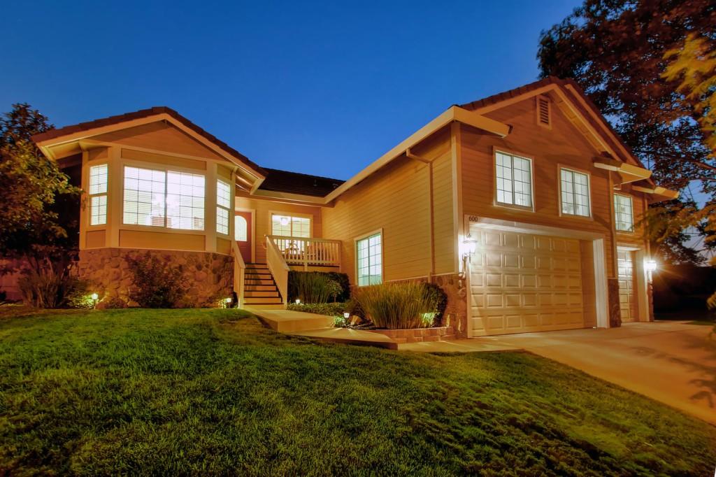 Photo of 600 Martha Way  Roseville  CA