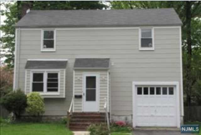 Photo of 174 Baker Ave  Bergenfield  NJ