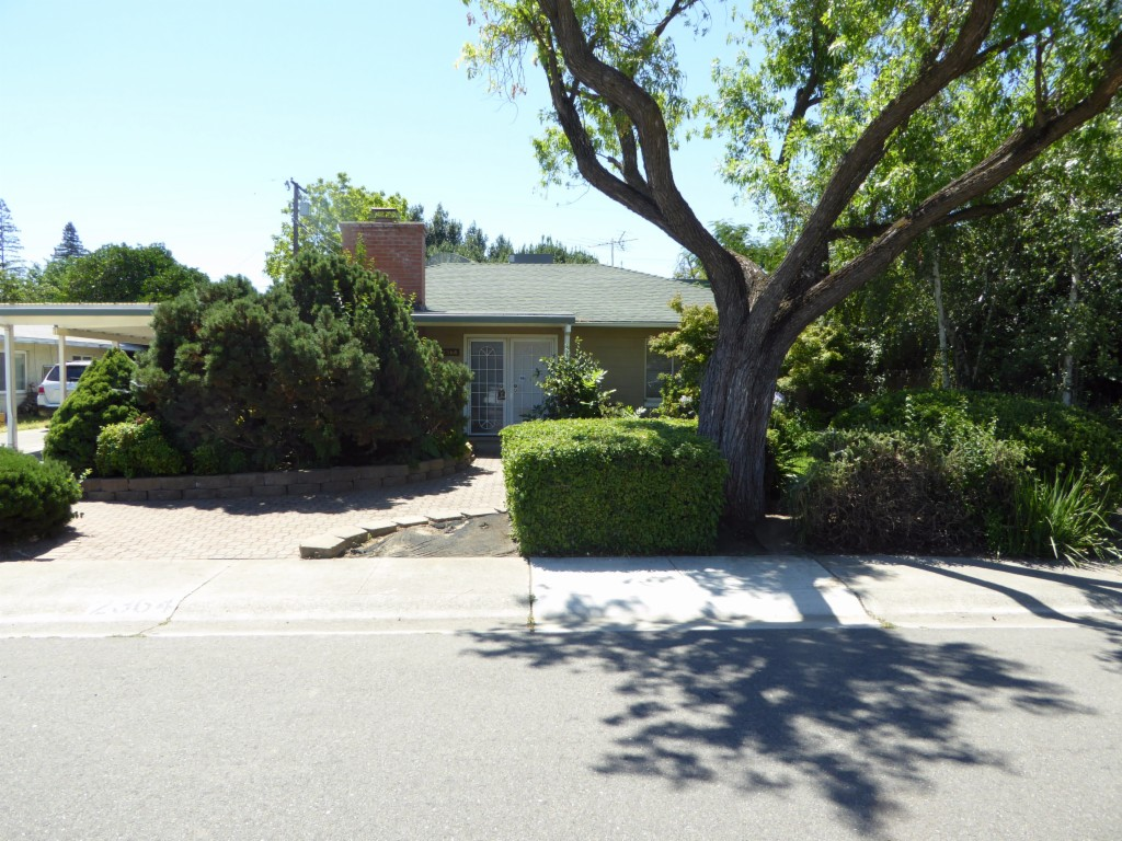 Photo of 2364 De Ovan Avenue  Stockton  CA