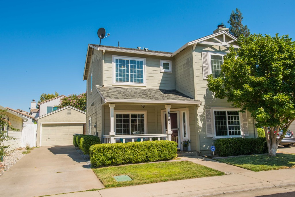 Photo of 6761 Alamar Way  Elk Grove  CA