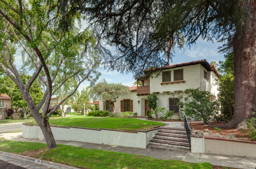 Photo of 2834 Carlaris Road  San Marino  CA