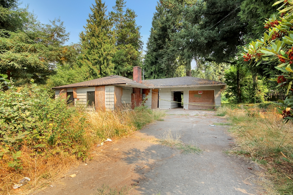 Photo of 13113 Valley Ave E  Sumner  WA