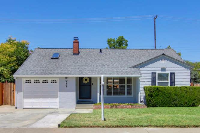 Photo of 2305 22nd Avenue  Sacramento  CA