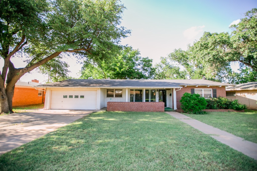 Photo of 2714 38th St  Lubbock  TX